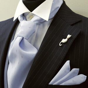 アスコットタイ:ネクタイのような結び方