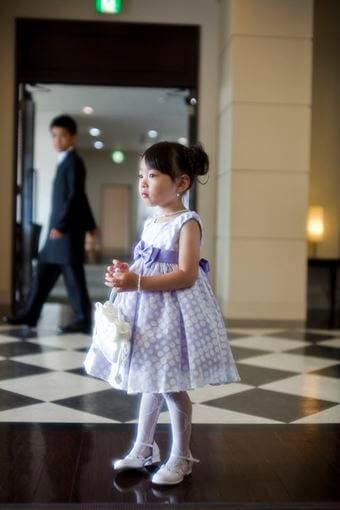 画像:水玉模様のワンピースドレス(女の子)