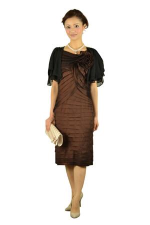 チャコールグレーのドレス