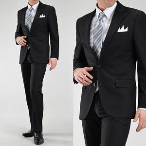画像:シングルのブラックスーツ