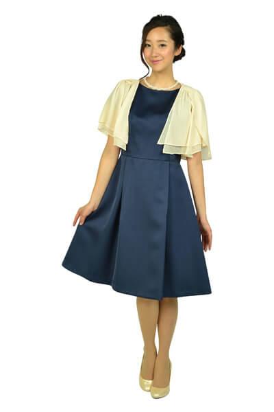 ネイビー系のドレス
