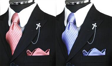 ピンク・サックスブルーのネクタイ