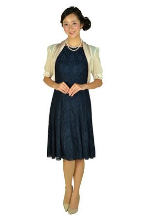 ネイビーのドレス