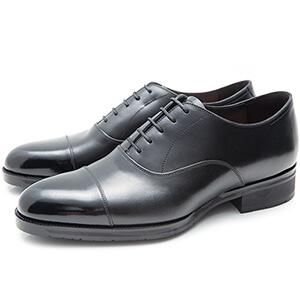 画像:黒の内羽根ストレートチップの紐革靴
