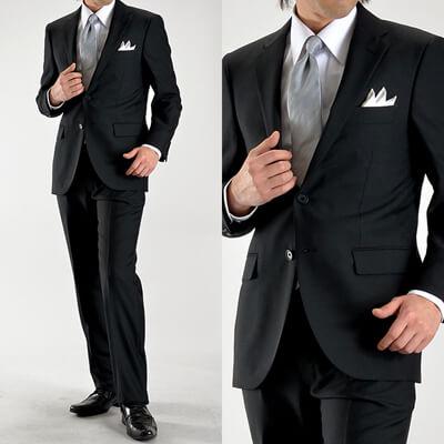 画像:ブラックスーツ&シルバーネクタイ