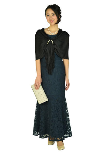 画像:ブラックショール&ネイビーロングドレス