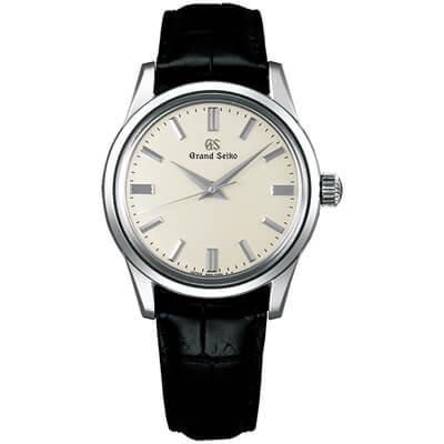 黒革レザーベルトの時計