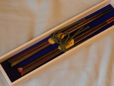 画像:「ハート」の夫婦箸